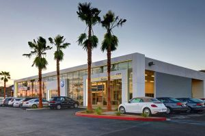 Palm-Springs-VW-dealership.jpg